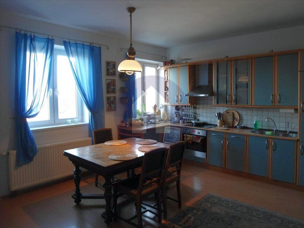 Dom na sprzedaż Legnica  181m2 Foto 1