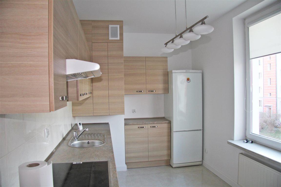 Mieszkanie dwupokojowe na wynajem Kielce, Centrum  52m2 Foto 5