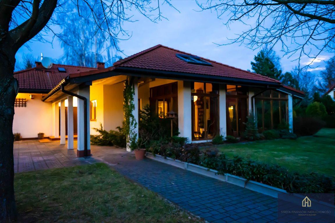 Luksusowy dom na sprzedaż Opypy  220m2 Foto 1
