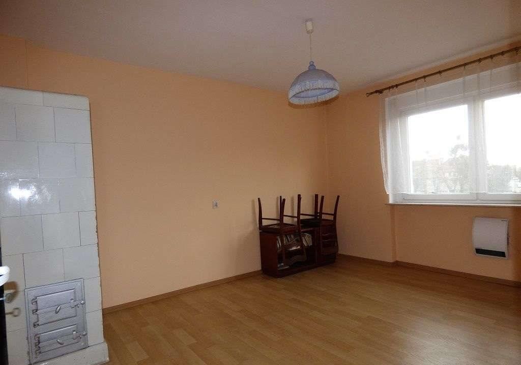 Mieszkanie trzypokojowe na sprzedaż Kluczbork  73m2 Foto 3