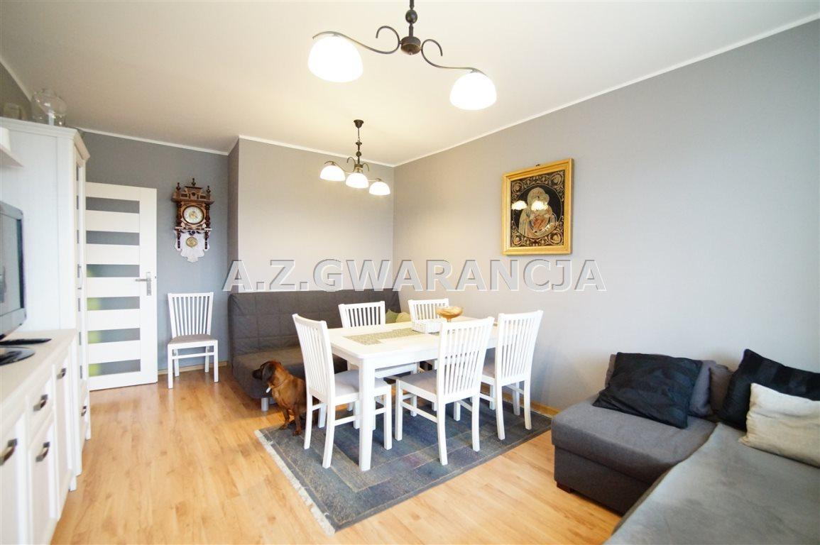 Mieszkanie trzypokojowe na sprzedaż Opole, Malinka  60m2 Foto 2