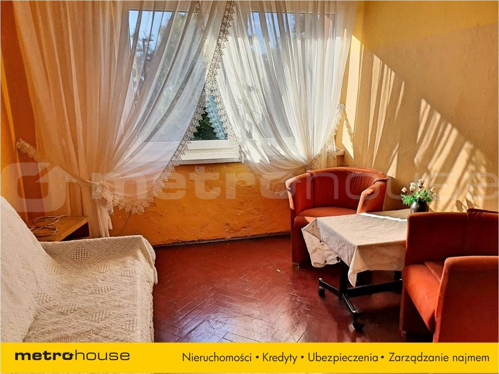 Mieszkanie dwupokojowe na sprzedaż Międzybórz, Międzybórz, Rynek  43m2 Foto 2