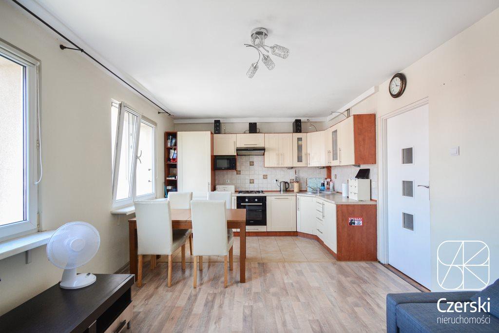 Mieszkanie trzypokojowe na sprzedaż Kraków, Bieżanów, Bieżanów, Aleksandry  63m2 Foto 1