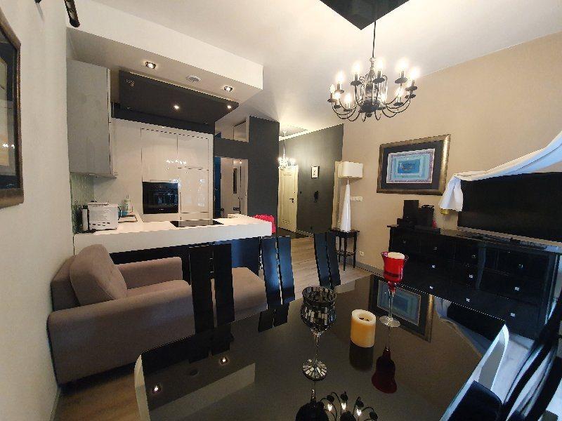 Mieszkanie dwupokojowe na wynajem Częstochowa, Centrum  58m2 Foto 3