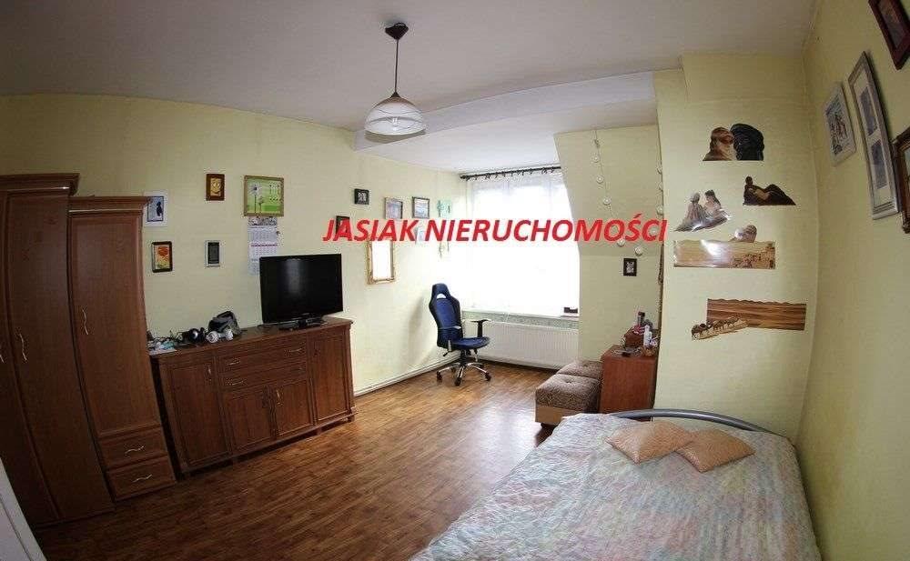 Mieszkanie trzypokojowe na sprzedaż Wałbrzych, Śródmieście, Słowackiego  971m2 Foto 1