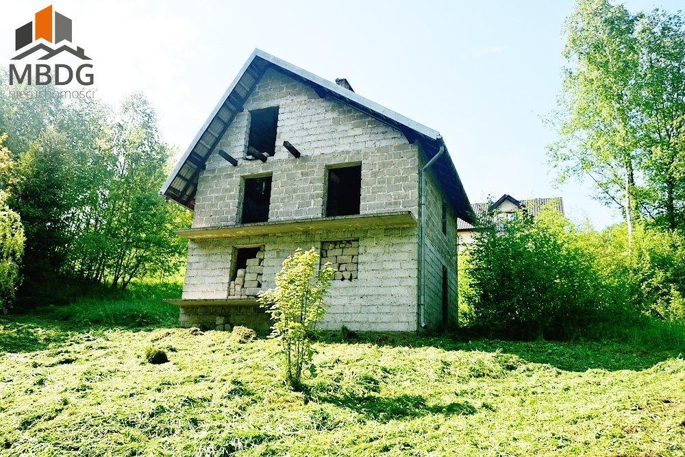 Dom na sprzedaż Skomielna Czarna  74m2 Foto 1