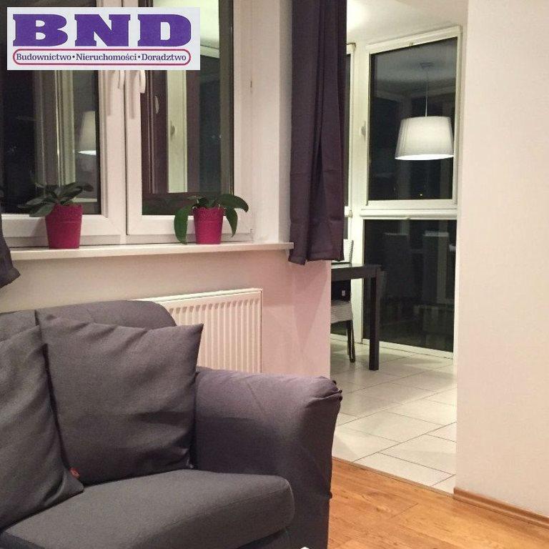 Mieszkanie dwupokojowe na wynajem Gliwice, Stare Gliwice  52m2 Foto 1