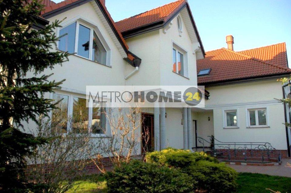 Dom na wynajem Konstancin-Jeziorna  262m2 Foto 1