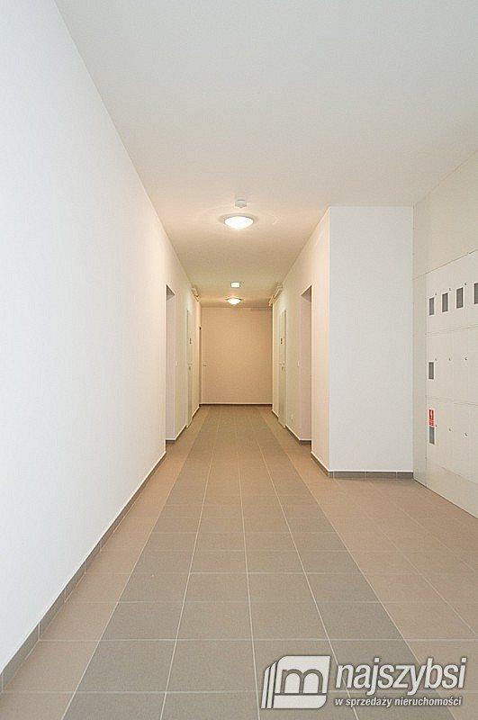 Mieszkanie dwupokojowe na sprzedaż Gościno, Centrum  42m2 Foto 8