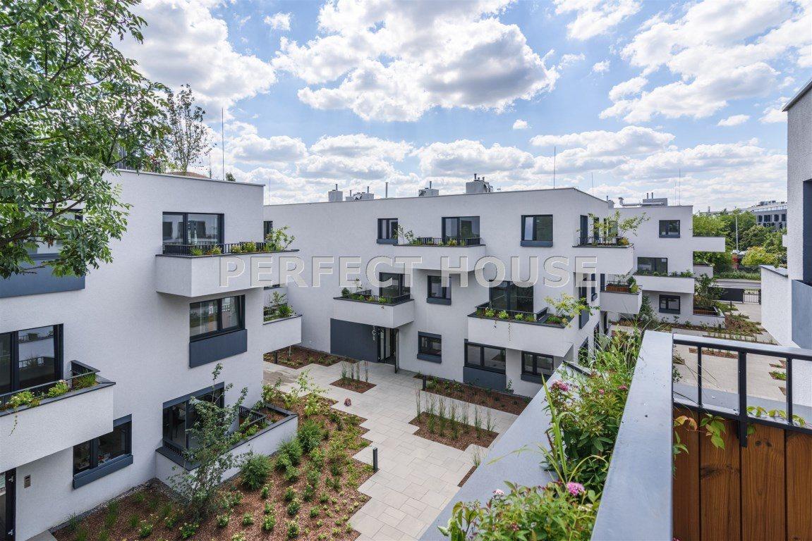 Mieszkanie czteropokojowe  na sprzedaż Poznań, Winiary  98m2 Foto 2