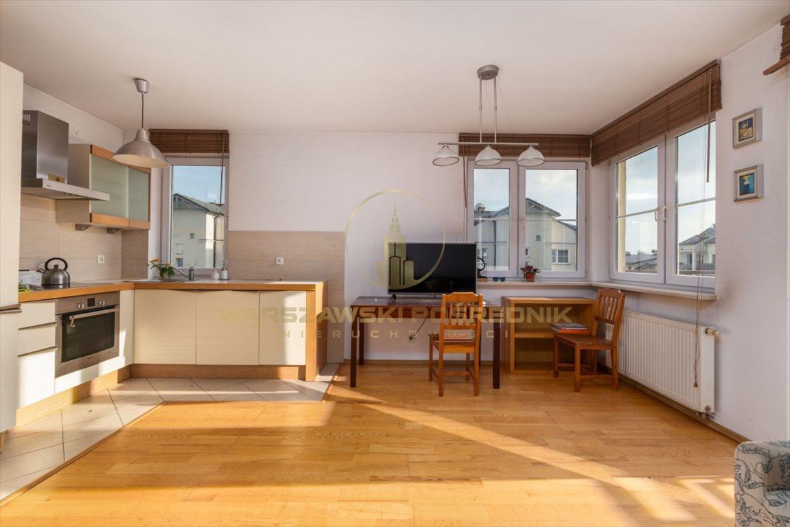 Mieszkanie trzypokojowe na sprzedaż Józefosław, Kwadratowa  66m2 Foto 1
