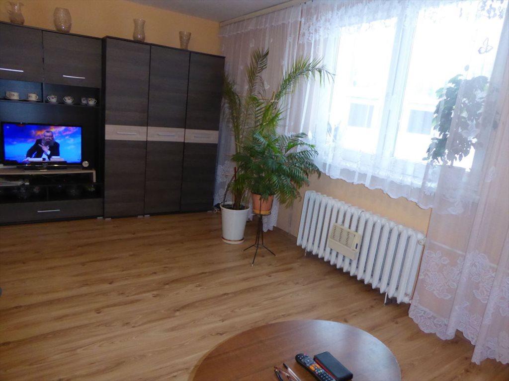 Mieszkanie trzypokojowe na sprzedaż Duszniki-Zdrój  67m2 Foto 1