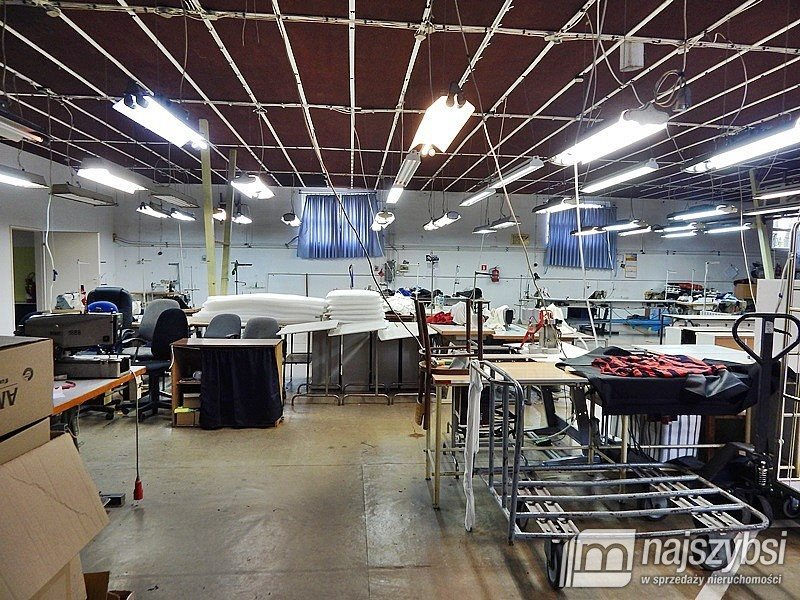 Lokal użytkowy na sprzedaż Gryfino, Centrum  700m2 Foto 1