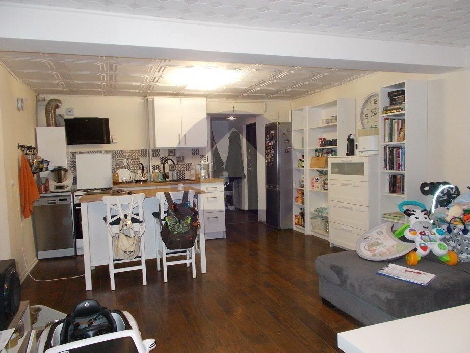 Mieszkanie trzypokojowe na sprzedaż Wałbrzych, Nowe Miasto  63m2 Foto 1