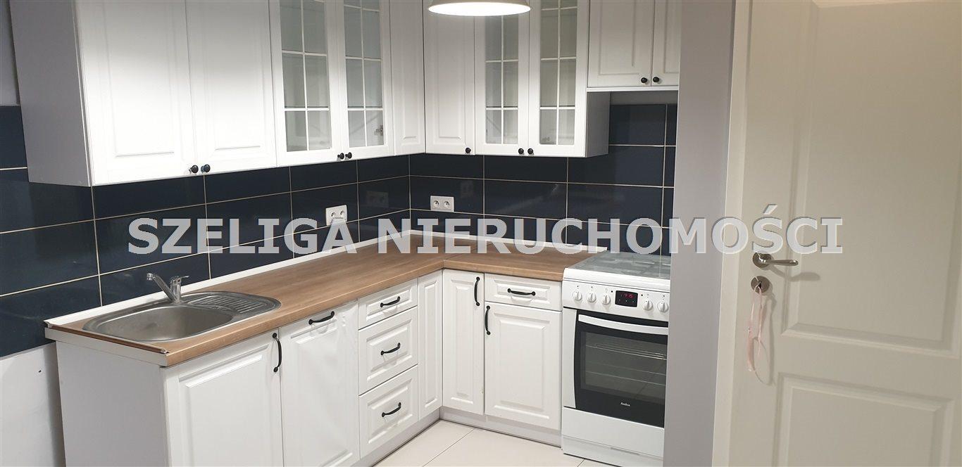 Mieszkanie dwupokojowe na sprzedaż Gliwice, Szobiszowice, OKOLICE TOSZECKIEJ, PO REMONCIE, TEŻ NA DZIAŁALNOŚĆ  56m2 Foto 1