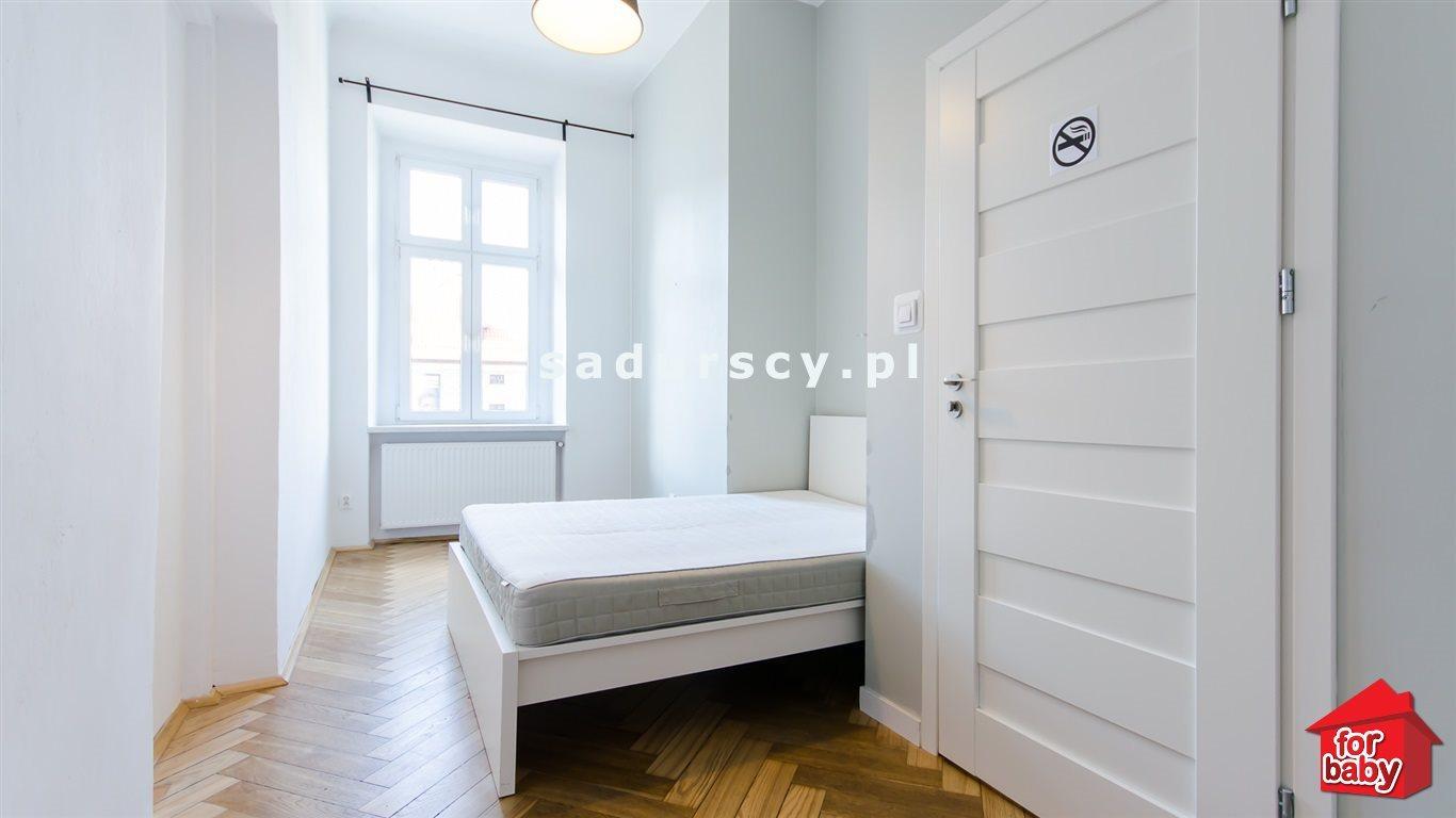 Mieszkanie trzypokojowe na sprzedaż Kraków, Stare Miasto, Stare Miasto, pl. Sikorskiego  75m2 Foto 4