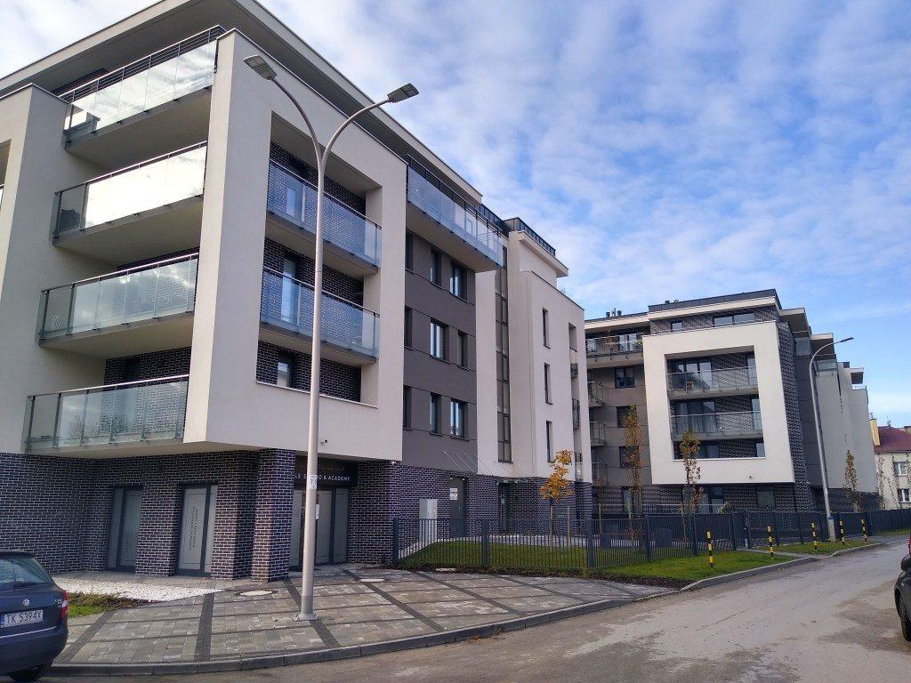 Mieszkanie czteropokojowe  na sprzedaż Kielce, Centrum, Mostowa  63m2 Foto 4