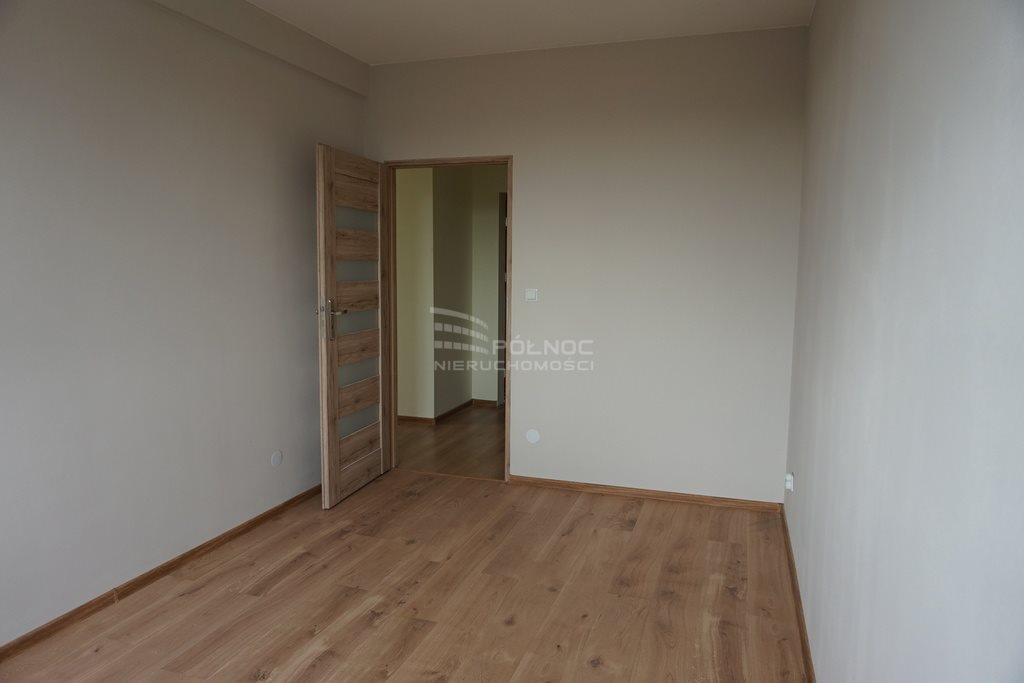Mieszkanie dwupokojowe na wynajem Pabianice, Nowe 2 pokoje, winda, balkon, miejsce postojowe  46m2 Foto 3