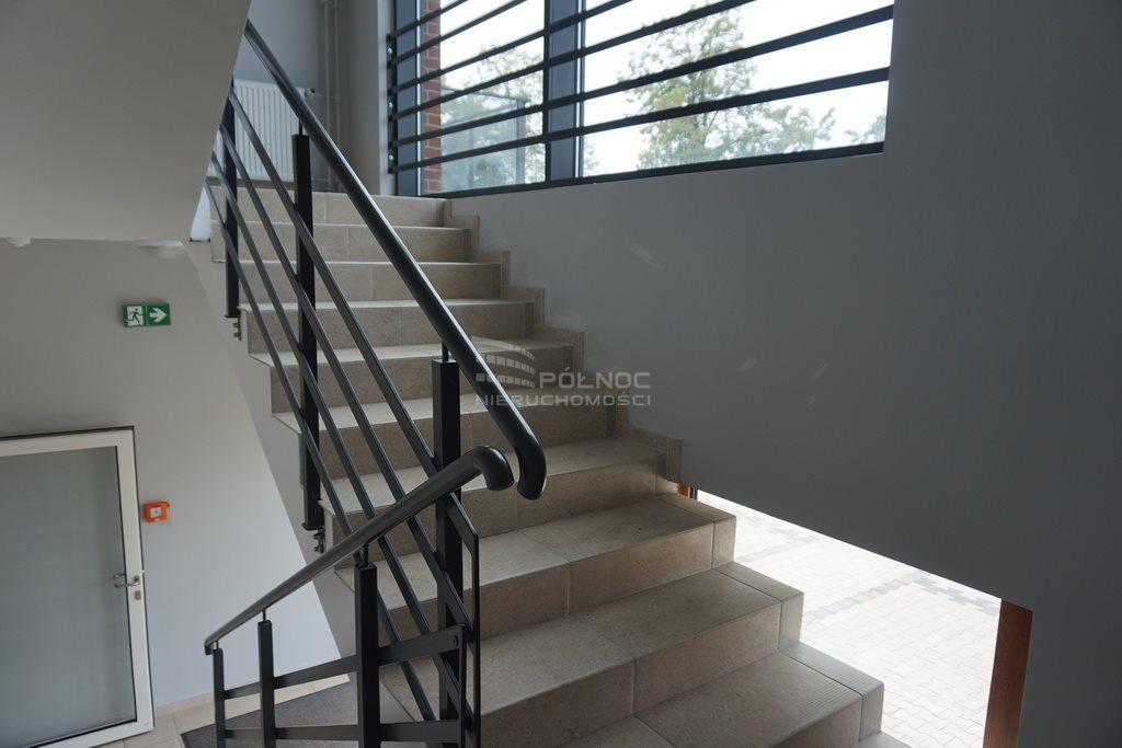 Mieszkanie dwupokojowe na wynajem Pabianice, Nowe 2 pokoje, winda, balkon, miejsce postojowe, Centrum  39m2 Foto 13