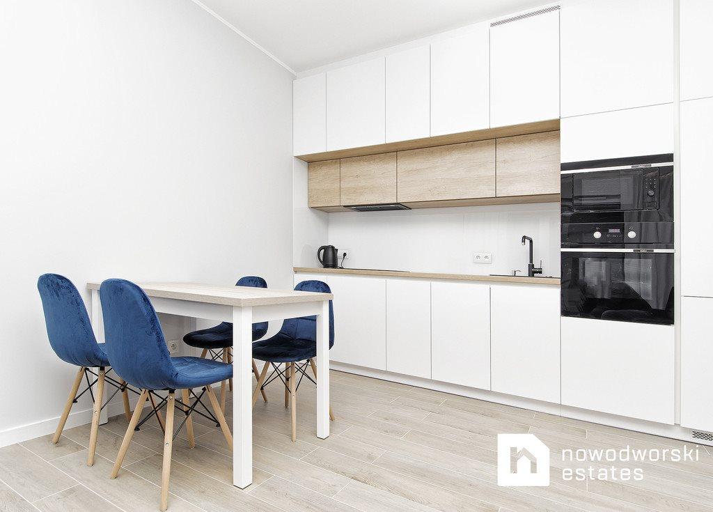 Mieszkanie dwupokojowe na wynajem Poznań, Lwowska  40m2 Foto 1