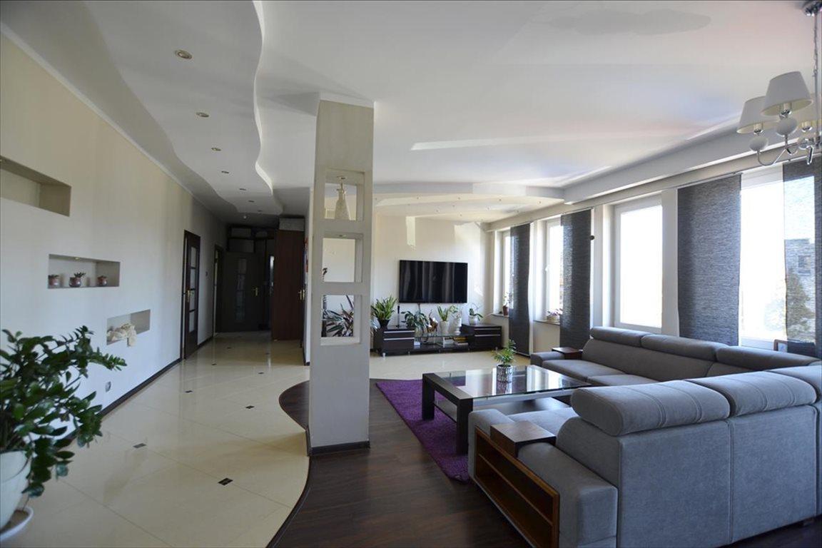 Mieszkanie trzypokojowe na sprzedaż Nowy Dwór Gdański, Nowy Dwór Gdański, Morska  118m2 Foto 1