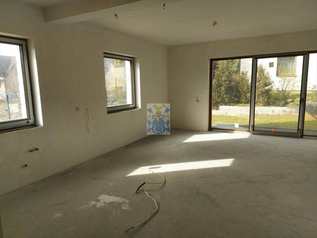 Dom na sprzedaż Wrząsowice  234m2 Foto 2
