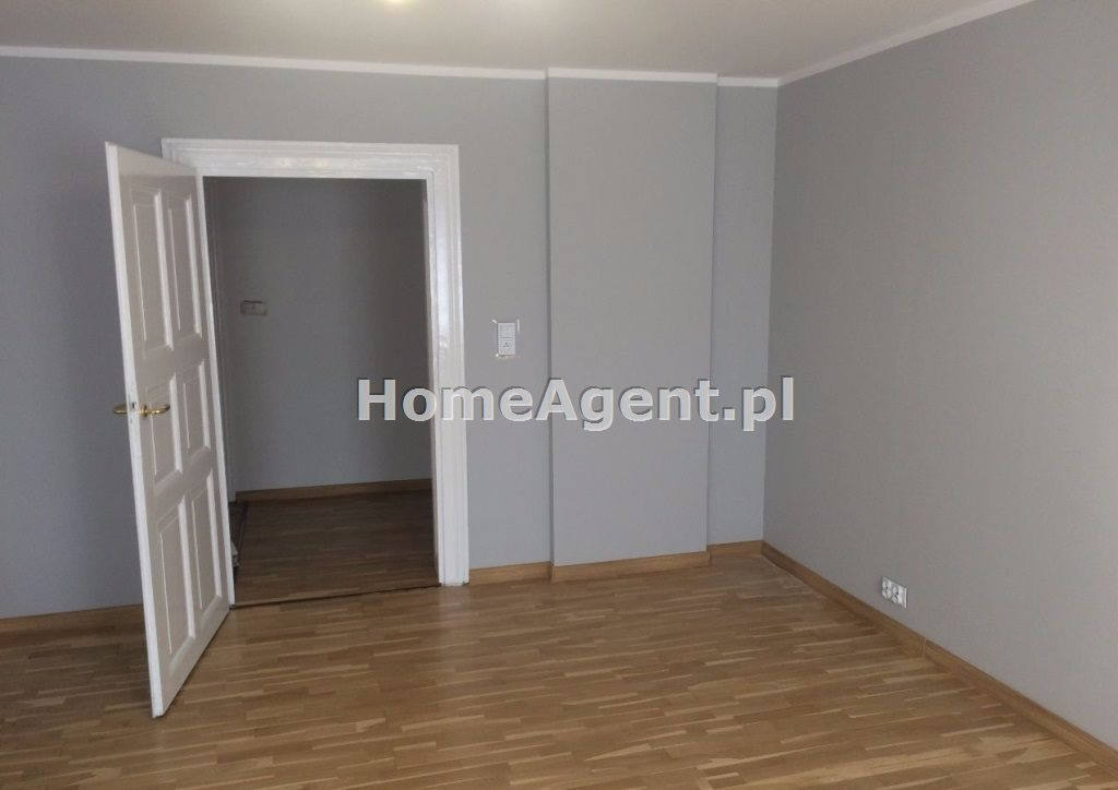 Mieszkanie trzypokojowe na wynajem Gliwcie, Centrum  100m2 Foto 6