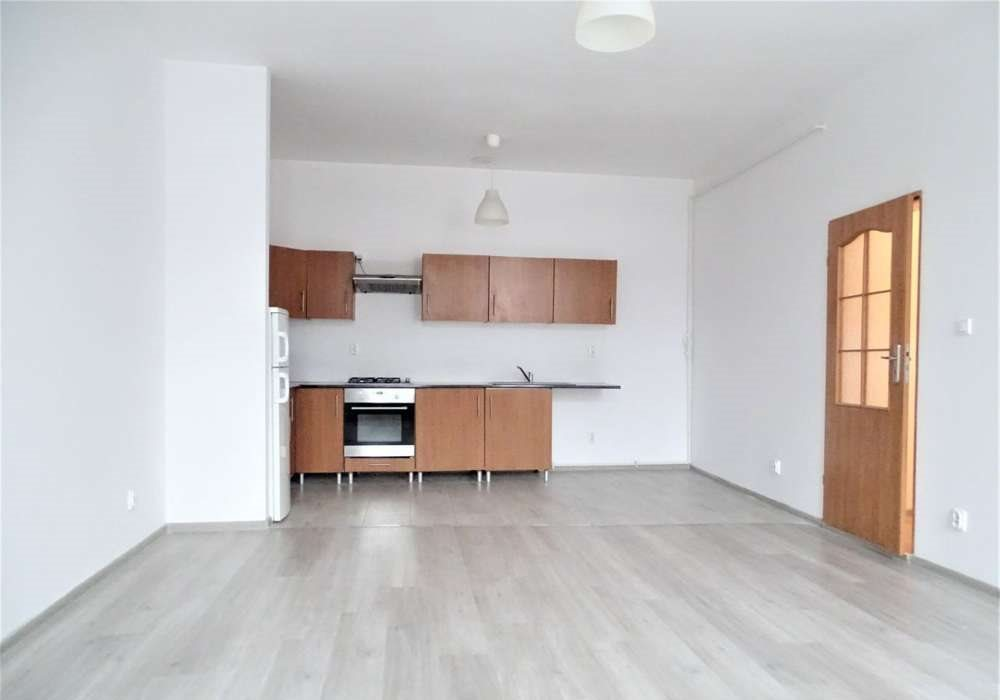 Mieszkanie trzypokojowe na sprzedaż Bytom, centrun, Katowicka  65m2 Foto 2