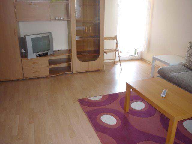 Mieszkanie dwupokojowe na wynajem Poznań, Nowe Miasto  54m2 Foto 2