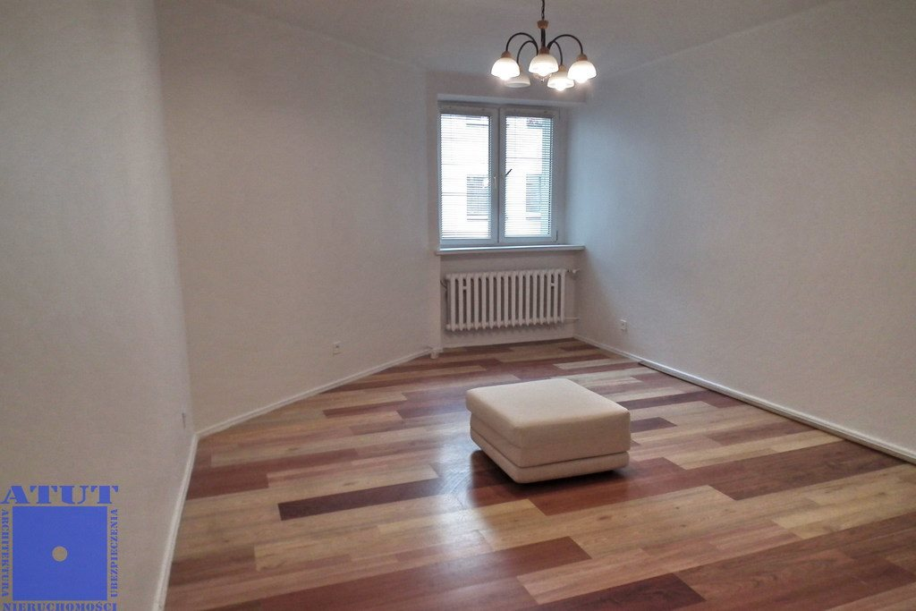 Mieszkanie dwupokojowe na wynajem Gliwice, Śródmieście  56m2 Foto 2