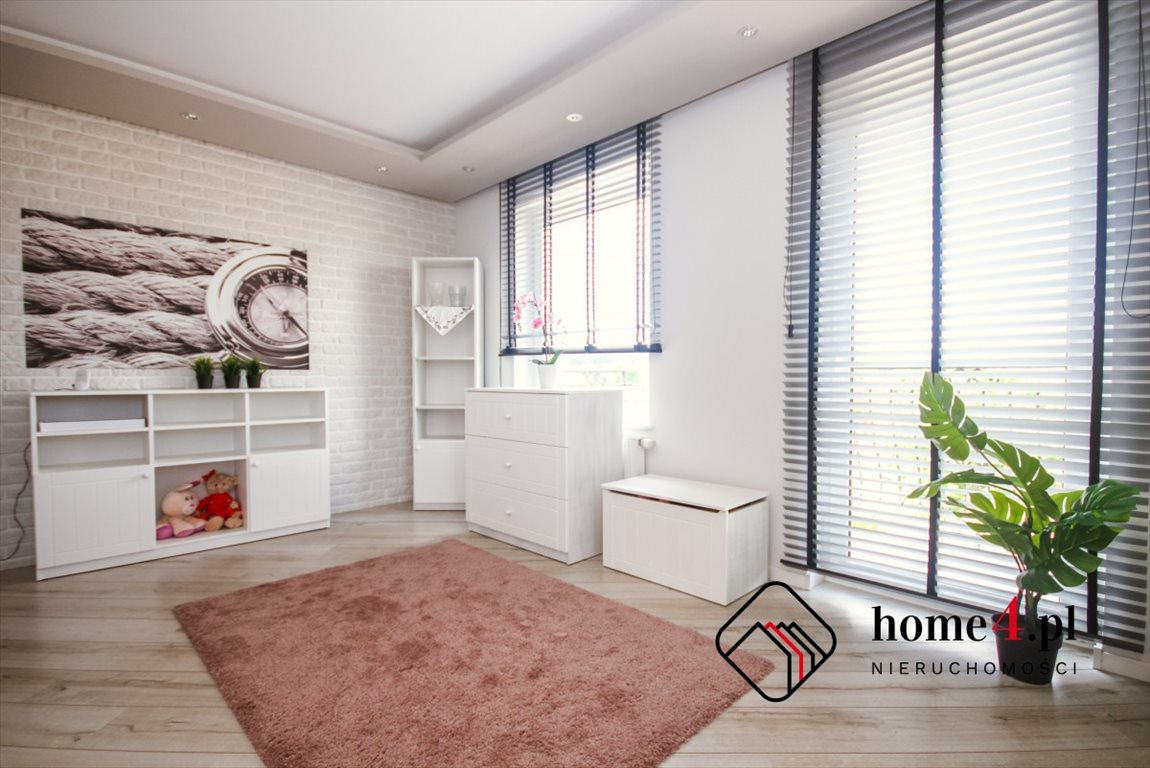 Mieszkanie czteropokojowe  na sprzedaż Rumia, Kwiatowa  118m2 Foto 1
