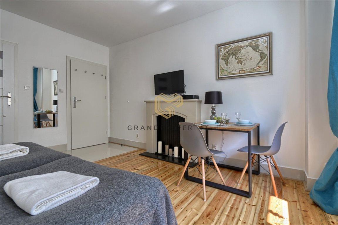 Mieszkanie dwupokojowe na sprzedaż Warszawa, Śródmieście  42m2 Foto 3