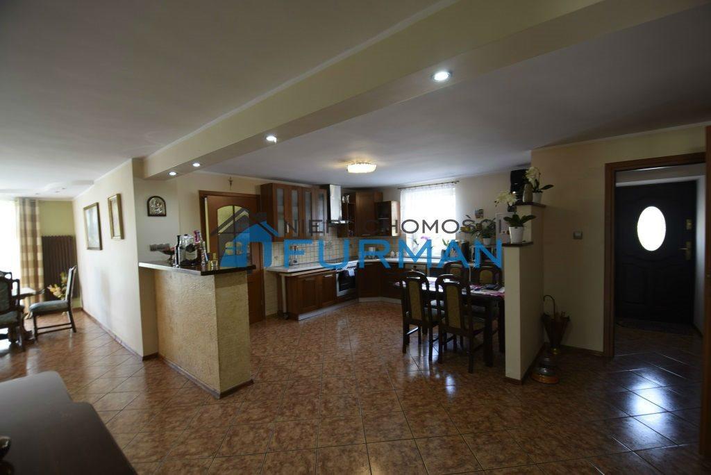 Dom na sprzedaż Biała  180m2 Foto 1