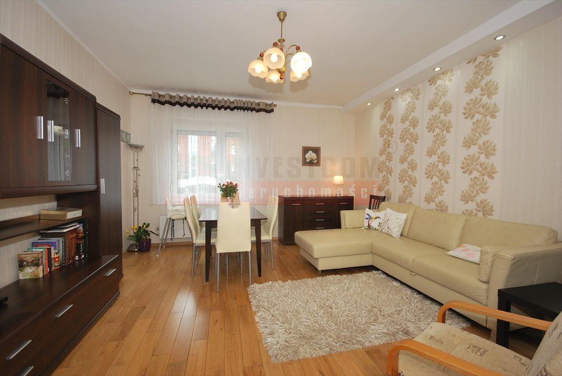 Mieszkanie trzypokojowe na sprzedaż Opole, Śródmieście  77m2 Foto 1