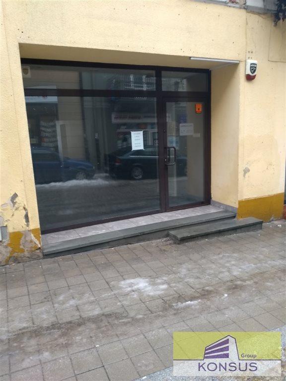 Lokal użytkowy na wynajem Kielce, Centrum, -  66m2 Foto 1