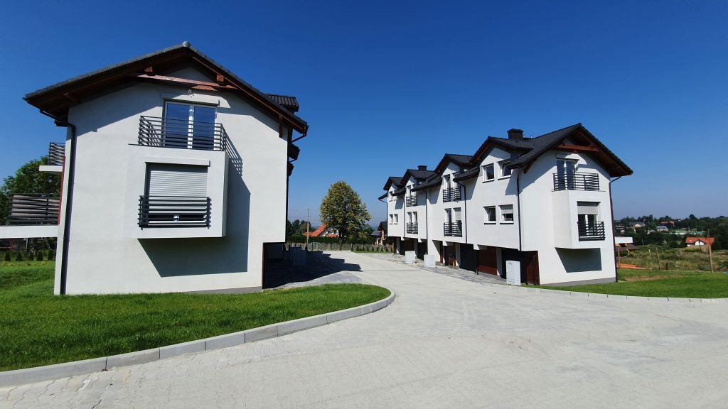 Mieszkanie czteropokojowe  na sprzedaż Bielsko-Biała  68m2 Foto 2