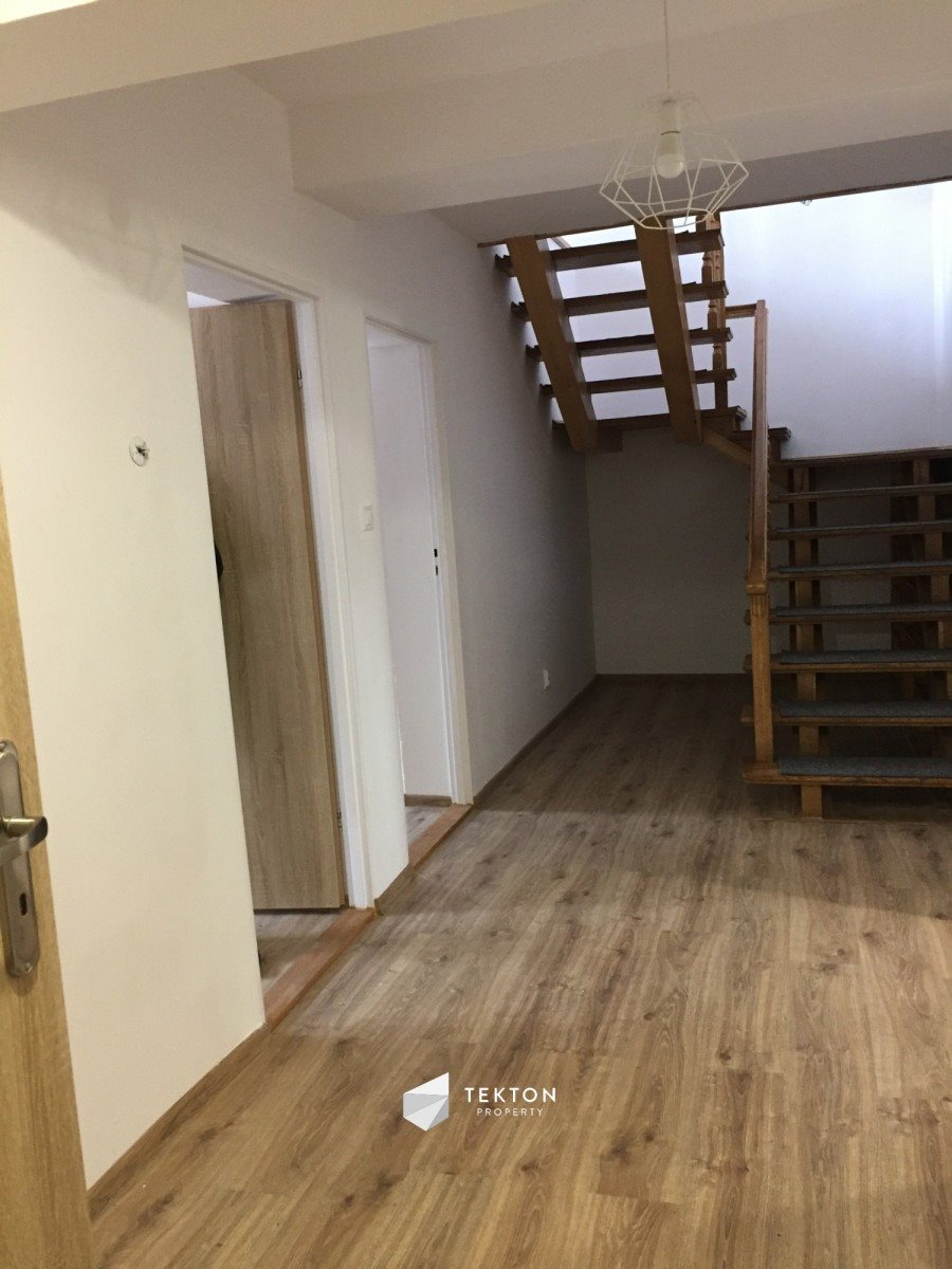 Dom na wynajem Wrocław, Ołtaszyn, gen. Romana Abrahama  130m2 Foto 3