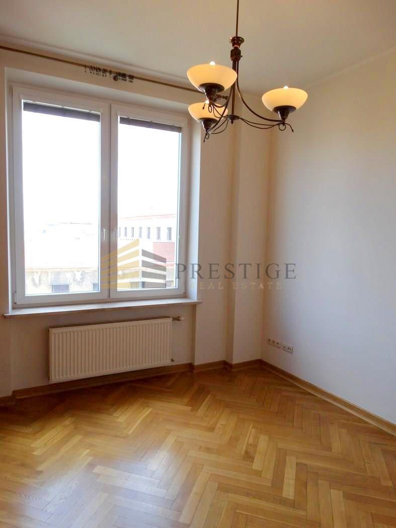 Mieszkanie trzypokojowe na wynajem Warszawa, Śródmieście, Piękna  63m2 Foto 4