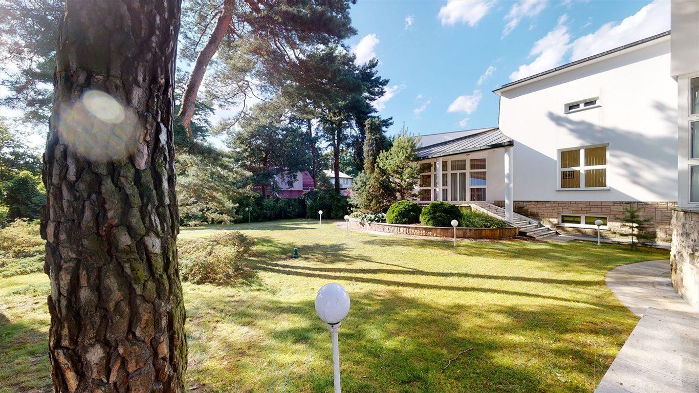 Dom na sprzedaż Laski  580m2 Foto 2