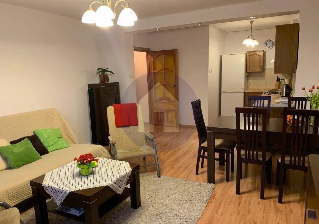 Mieszkanie trzypokojowe na sprzedaż Trzebnica  72m2 Foto 2