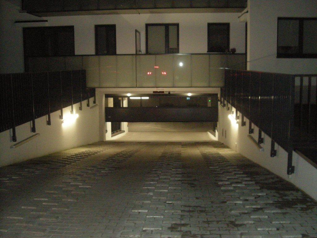 Garaż na wynajem Piaseczno, Jasińskiego 7  12m2 Foto 1