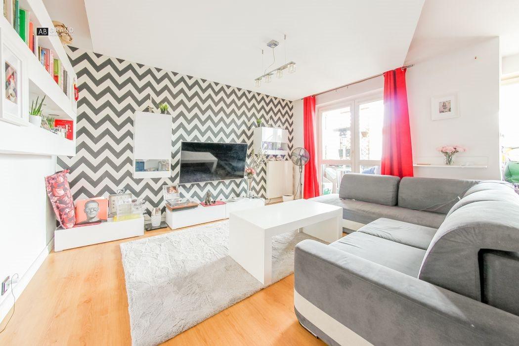 Mieszkanie trzypokojowe na sprzedaż Białystok, Młodych, Prowiantowa  58m2 Foto 1