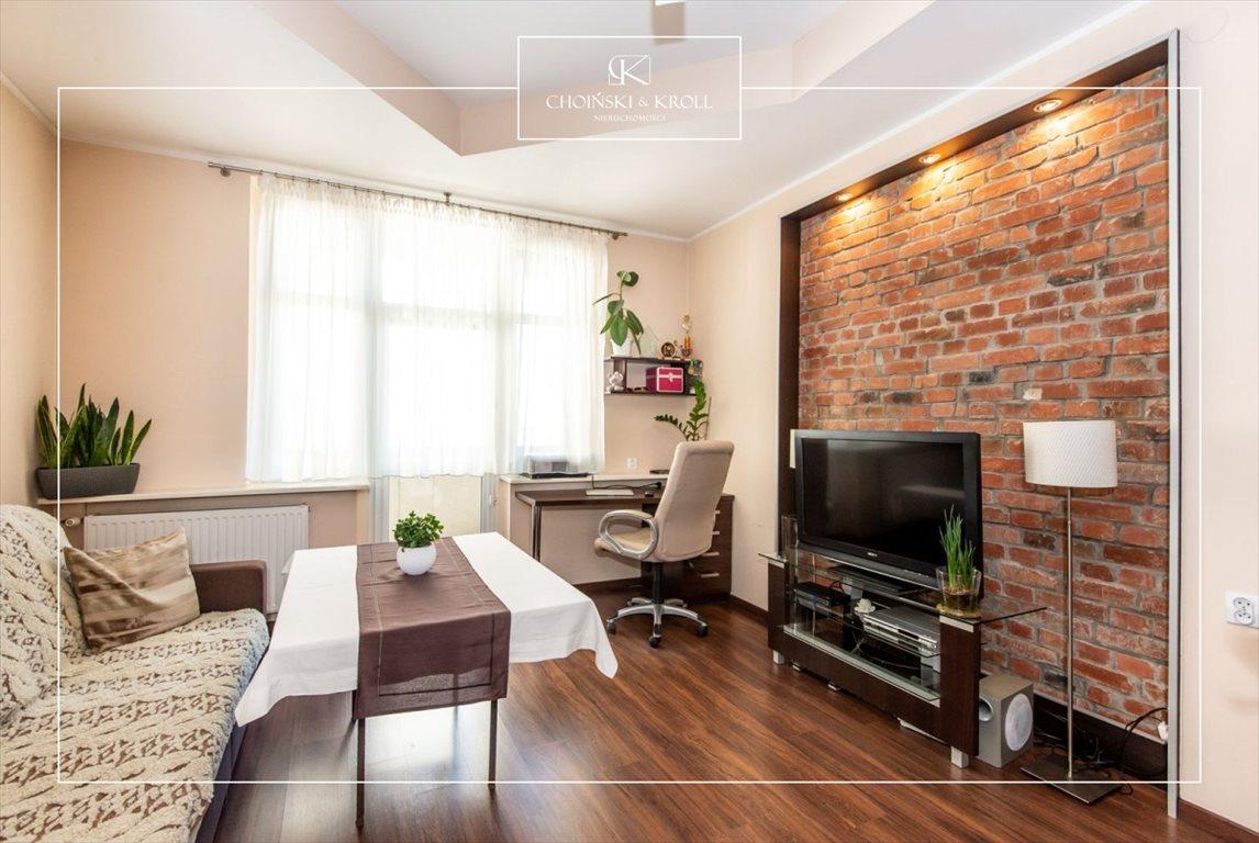 Mieszkanie trzypokojowe na sprzedaż Poznań, Łazarz, Gąsiorowskich  74m2 Foto 1