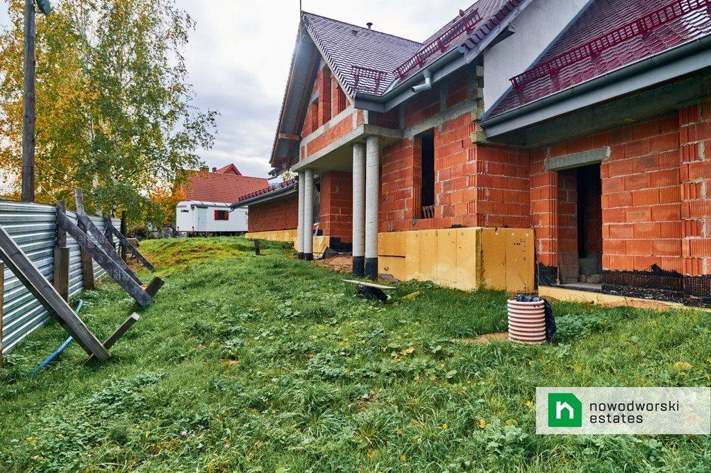 Dom na sprzedaż Sobótka, Różana  392m2 Foto 9