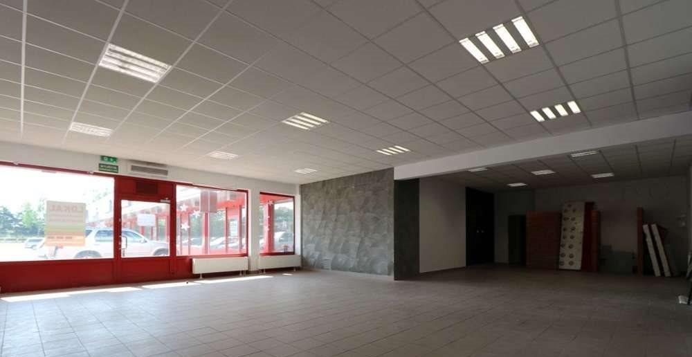 Lokal użytkowy na wynajem Wałcz, Władysława Andersa  120m2 Foto 3