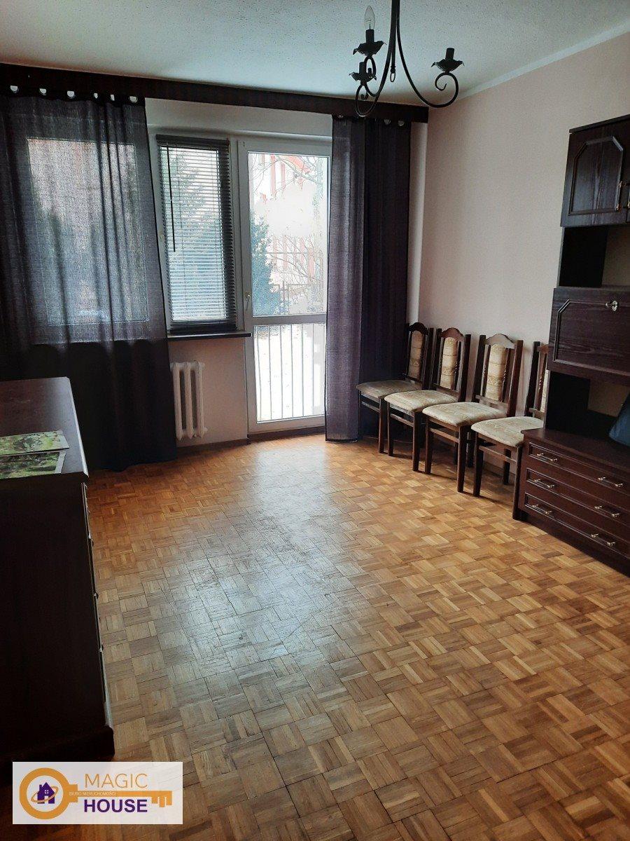 Mieszkanie trzypokojowe na sprzedaż Gdynia, Leszczynki, Młyńska  54m2 Foto 2
