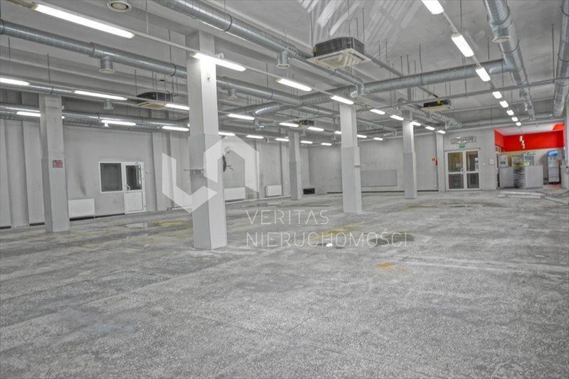 Lokal użytkowy na sprzedaż Zabrze, Centrum  1700m2 Foto 1