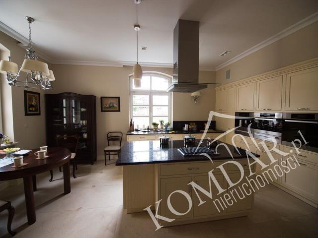 Dom na wynajem Konstancin-Jeziorna, Skolimów  800m2 Foto 1