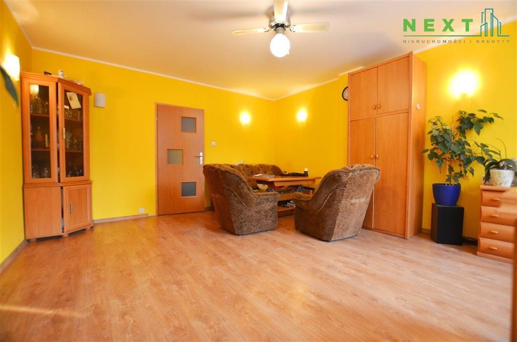 Mieszkanie trzypokojowe na sprzedaż Zabrze, Centrum  65m2 Foto 6