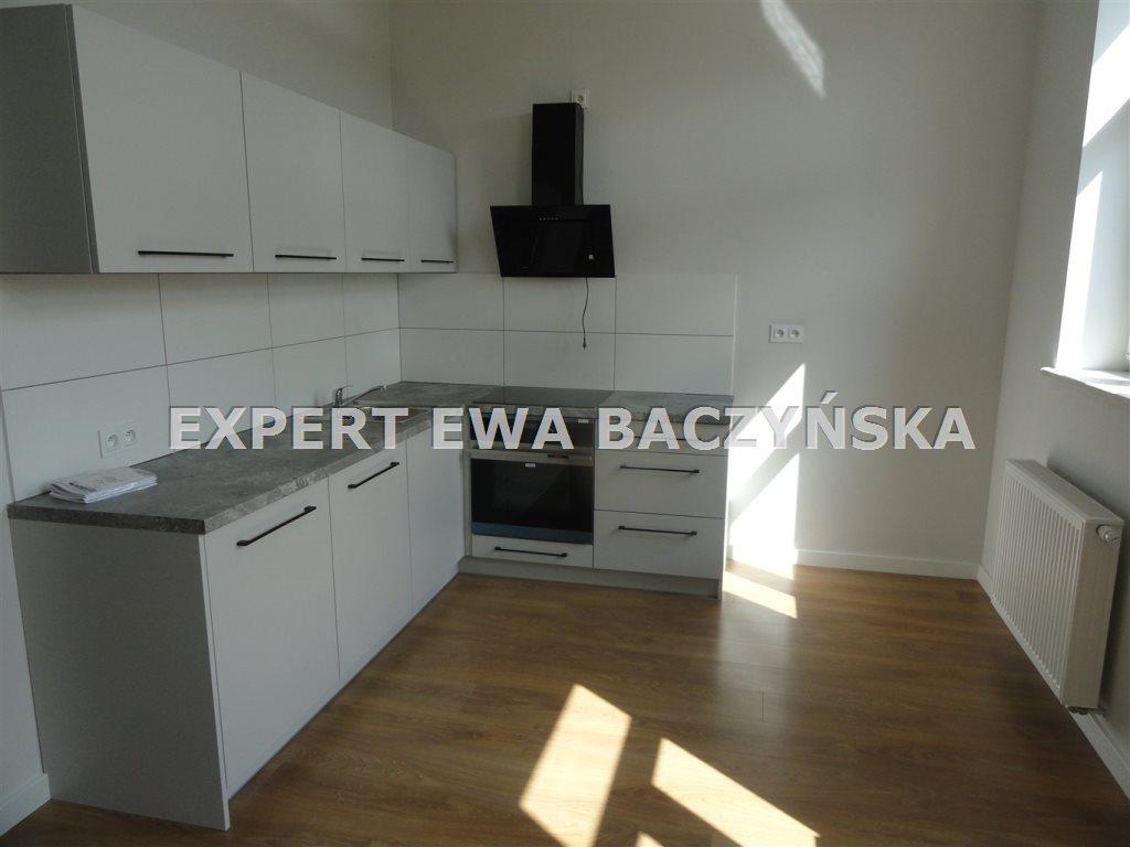 Mieszkanie dwupokojowe na wynajem Częstochowa, Centrum  35m2 Foto 1